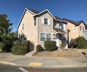 178 Hazelnut Lane, Petaluma, CA