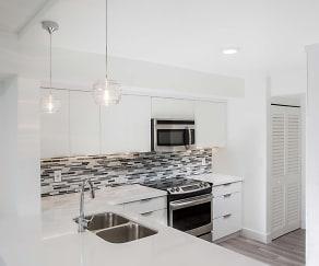 Kitchen, Waterways Village Apartments
