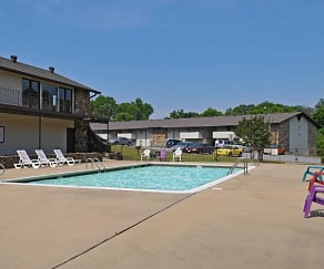 Pool, The Lodge Apartments