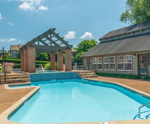 Pool, Hamilton Pointe