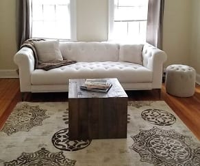 Living Room, Mariemont Townhomes