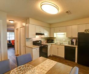 Kitchen, Northlake Townhomes