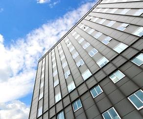 Building, The Pinnacle @ 65