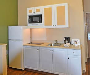 Kitchen, Furnished Studio - Fairbanks - Old Airport Way