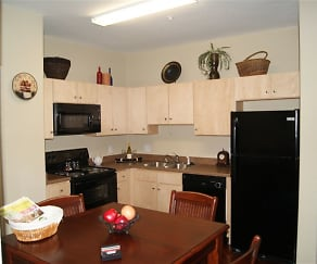 Kitchen, Commons at Hickory Creek