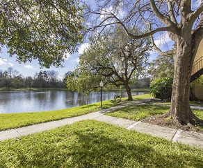 Exterior Lake, Milana Reserve Apartment Homes