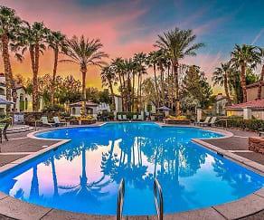 Pool, Torreyana