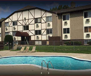 Pool, Alpine Apartments