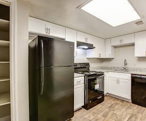 Kitchen, Pines at Lawrenceville