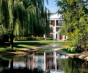 Versailles On the Lakes/Oakbrook Terrace, Westmont, IL