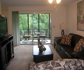 Living Room, Creekwood Apartments