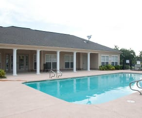 Pool, Hooper Pointe Apartments