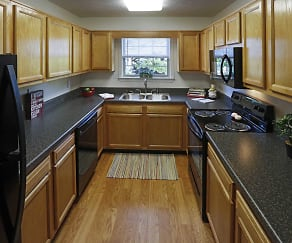 Kitchen, Greenwood Oaks