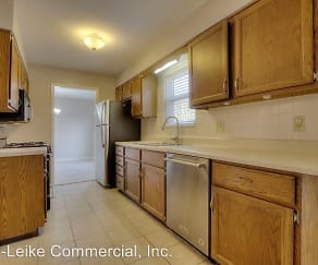 Kitchen, 1516 Moorgate Dr.