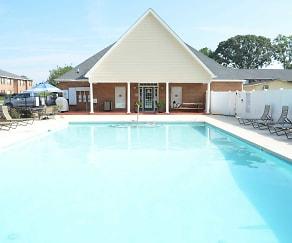 Pool, High Grove Apartments