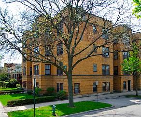 1350 N Austin Apartments