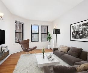 Living Room, 632-644 W. Addison