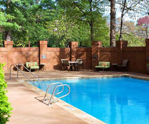 Pool, 3833 Peachtree
