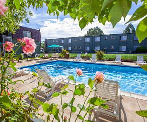 Pool, Green Mountain Apartments