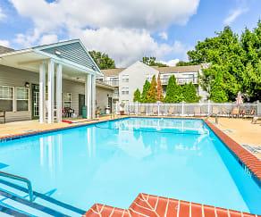 Pool, Arbor Pointe