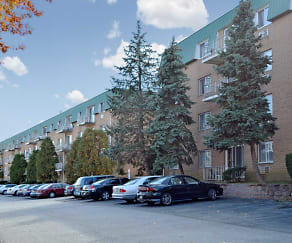 Building, Merion Trace Apartments