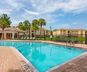 Pool, Grande Court