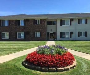 Courtyard, Richmond Club Apartments
