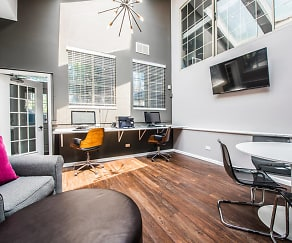 Green Trails Apartment Homes, 60532, IL