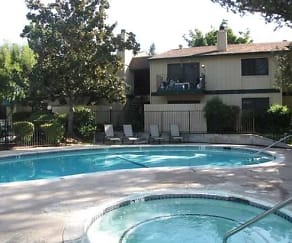 Pool, El Camino Real Apartments