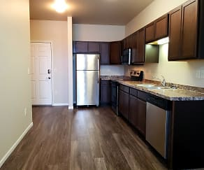 Kitchen, West Creek Crossing Apartments