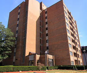 Building, Highland Plaza Apartments