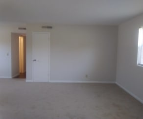 Living Room, Azalea Apartments
