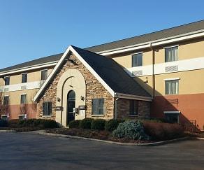 Building, Furnished Studio - Cincinnati - Fairfield