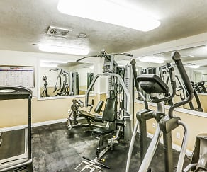 Fitness Weight Room, Regency Apartments