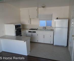 Kitchen, 322 - 330 Sierra Street