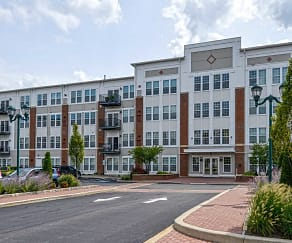 Building, 100 Park at Wyomissing Square