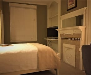 Bedroom, RiverOaks - Luxury Furnished - Corporate Housing