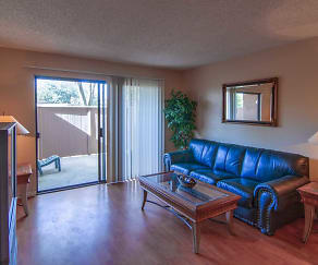 Living Room, Smoketree Polo Club Apartments