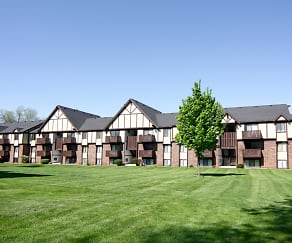 Building, Fairlane Apartments
