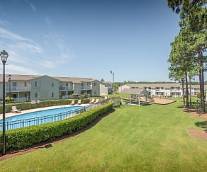 Pool, Patriot Point Apartment Homes