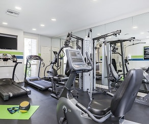 Fitness Weight Room, Enclave at Lake Ellenor