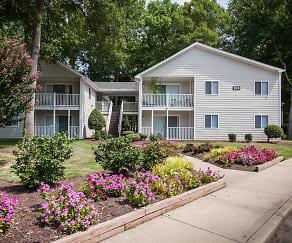 Welcome to Four Seasons Apartments, Four Seasons