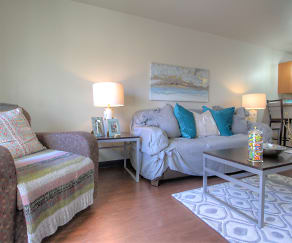 Living Room, 229 at Lakelawn