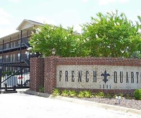 Community Signage, French Quarter Apartments