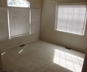 Frontroom.JPG, 14426 Peaceful Glen Grove