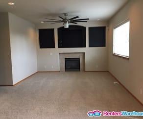 Living Room, 6828 38th Pl NE