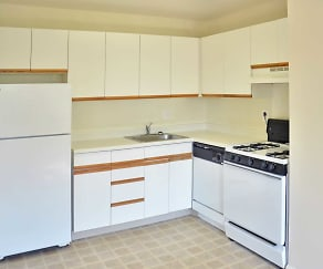 Kitchen, Jamestown Village Apartments