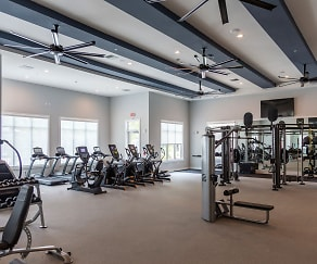 Fitness Weight Room, Decorum