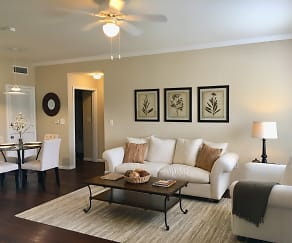 Living Room, Chandler Creek Apartments