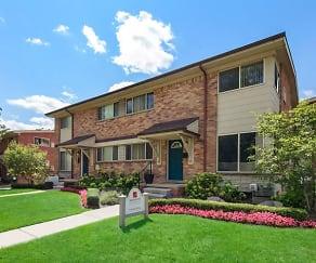 Building, Arlington Apartments & Townhomes